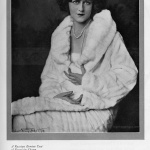 Bergdorf Goodman 1925, photo by Alfred Cheney Johnston