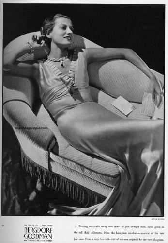 Bergdorf Goodman 1934 photo by Arthur O'Neill