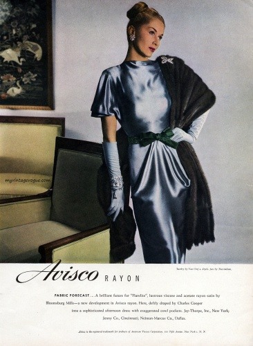Avisco Rayon 1940's / Lisa Fonssagrives wearing a dress by Charles Cooper